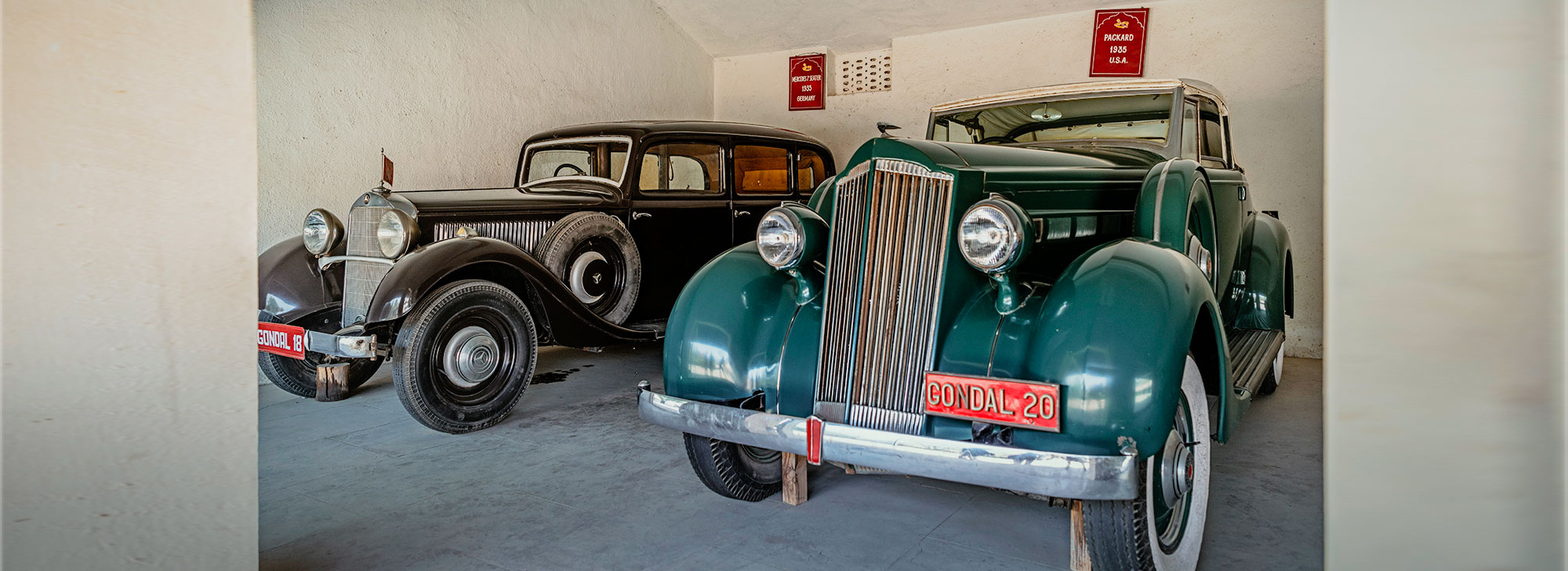 Royal Vintage Car Collection